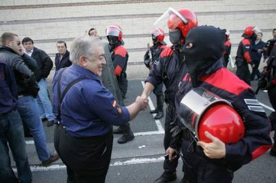 DEFENDER A ESPAÑA ES CADA DIA MAS CARO
